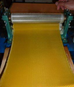 včelárska farma Šútorka - výroba medzistienok